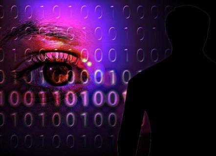 Symbolbild Auge und Binärcode